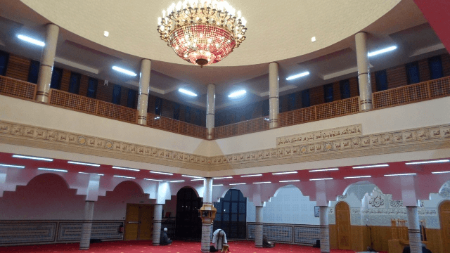 association islamique de l 39 ouest de la france mosqu e assalam de nantes. Black Bedroom Furniture Sets. Home Design Ideas